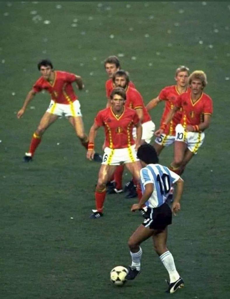 AD10S, Maradona !